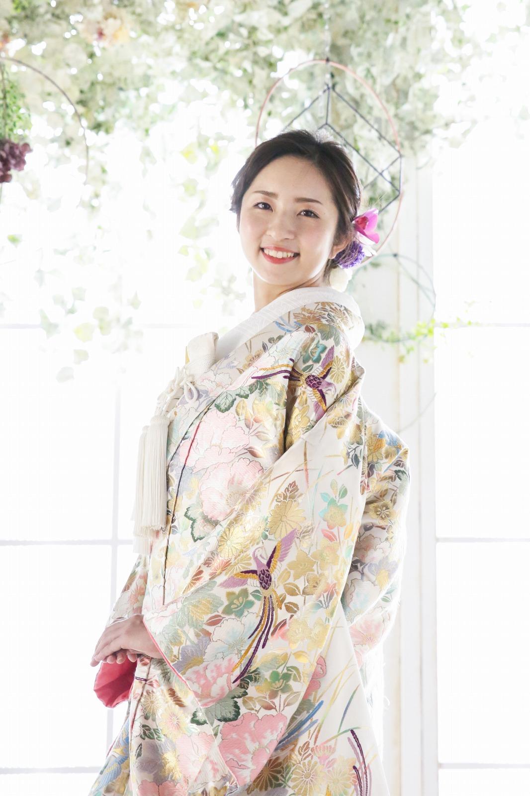 和装ならブライダルヒロにお任せ!10万円台で最高級衣装がレンタル可能!